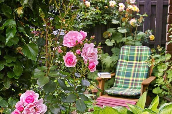 Die richtige Auflage für bequeme Gartenmöbel